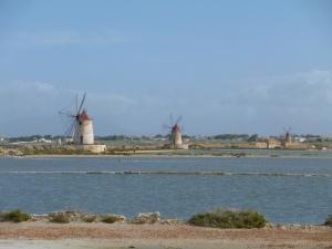 Mozia windmills