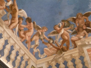 Playful fresco with putti. Original, never restored.\ from the 16th Century.