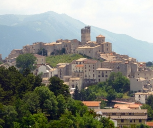 There are two Castel del Montes in Italy: a true castle in Puglia and this charming town in Abruzzo. It suffered damage in the L'Aquila earthquake.
