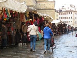 San Lorenzo Market, Sunday morning. No crowds; Bored vendors.