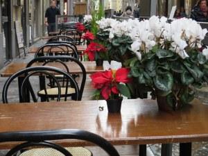 Empty tables hopefully awaiting patrons, Firenze.