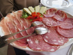 Don't tell Dr. Rosa what we had for lunch! Lovely Tuscan salumi platter. I like to think the hike caused us to wear off the fat before we even ate it.