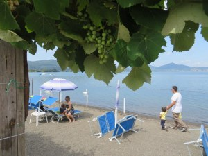 We were so lucky at Lago di Bracciano. Morning rain in Rome scared off the people who had reserved space on this beach, so we were able to claim some sand. Otherwise they would have been fully booked. It was 82 (F) and sunny for us. Perfect!
