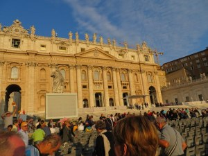 The first rays of sun hit St. Peter's Basilica shortly after we are admitted.