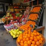 Street market, Rue Levis