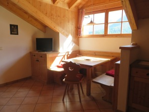 The entire apartment is constructed in the traditional style of the Sud Tirol. Here, our nook.