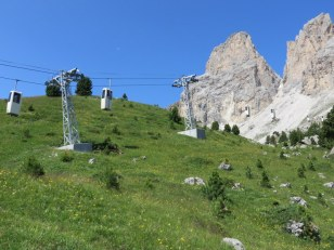 Cable cars ascending, as viewed from the trail.