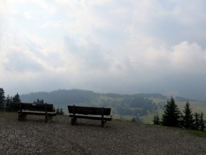 Same benches, three years later, but today we are in the clouds!