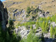 Furi Suspension Bridge, 100 meters long, 90 meters above the gorge.