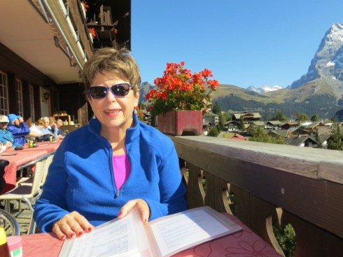 Lunch in Muerren, overlooking the Laurterbrunnen Valley.