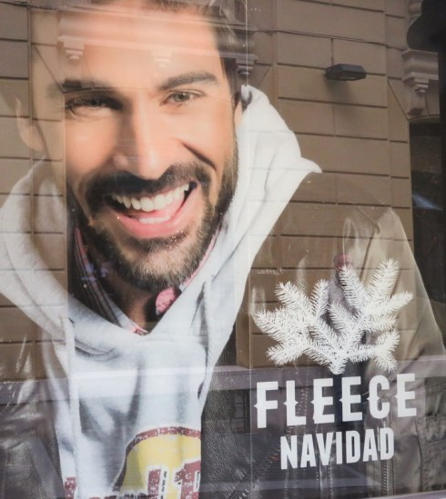 "Fleece Navidad...Get it? American Christmas music is huge here, considering there is not a lot of Italian seasonal music, but I don't know if non-Englosh speakers would really understand this pun. In Italian fleece, as in a jacket, is ""pile."""