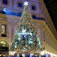 Swarovski's tree dominates the center of the Galleria Vittorio Emanuele.
