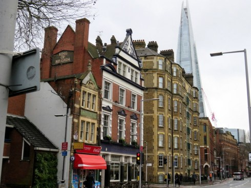 Love the contrasts in London. Here some vintage buildings with the Shard in the background.
