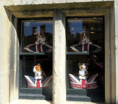 Gift shoppe at Windsor full of corgis -- stuffed corgis.