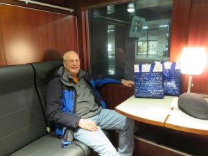 See Ric. Ric is happy. Ric in on a train in a sleeper compartment, How civilized!