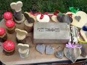 An entrepreneur set up an honor store along the trail. Each item €5.00.