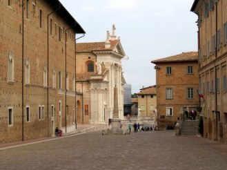 Urbino was quiet early this Sunday. Traffic picked up about noon.