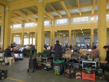 Gosh how we miss Italian markets! So interesting!