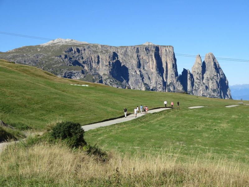 Path across Alpe di Siusi